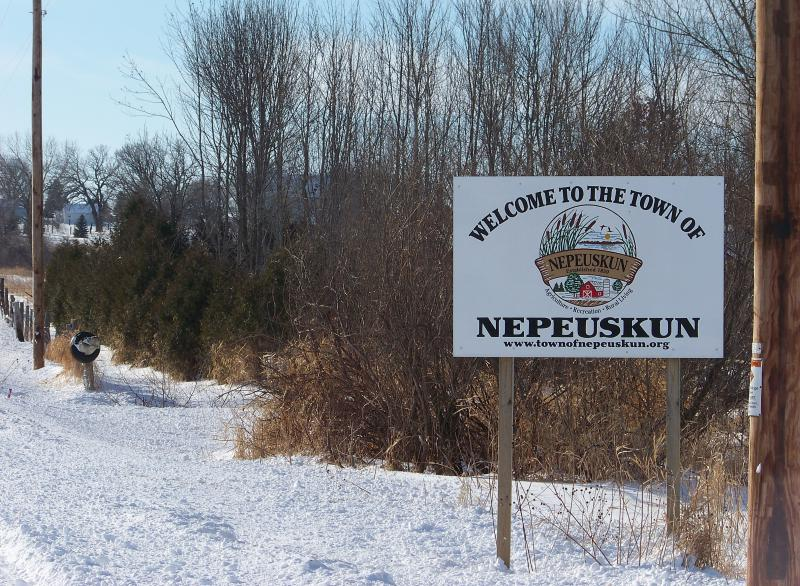 Town Of Nepeuskun Wisconsin Welcome Sign